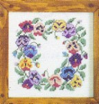 440 Pansy  Wreath 7x7